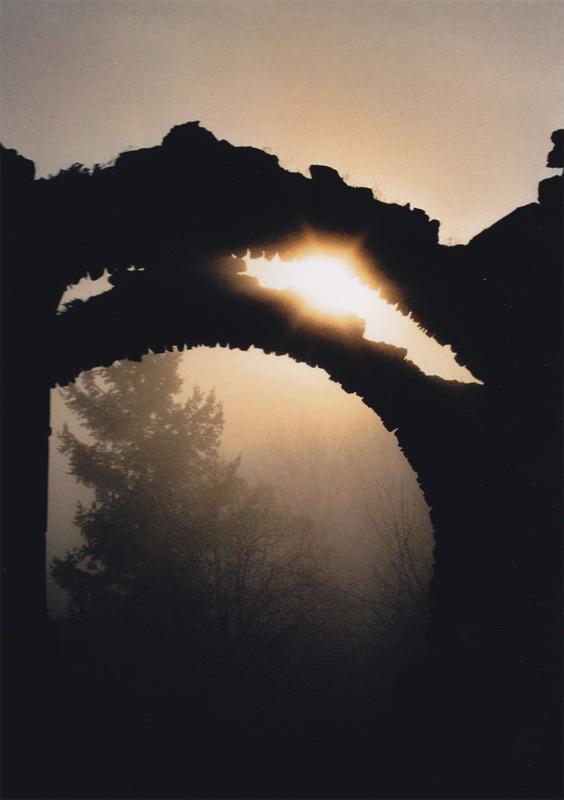 ruines, 2003